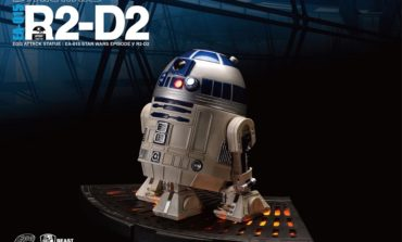 New STAR WARS Light-Up R2-D2 and C-3P0 Statues Debut