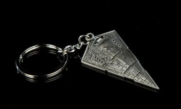 Take 15% Off Star Wars Keychains Today Only from ANOVOS