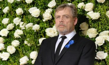 Mark Hamill Honors Carrie Fisher at the 2017 Tony Awards [Video]