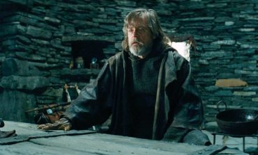Entertainment Weekly Gives First Look at 'Star Wars: The Last Jedi' Deleted Scenes