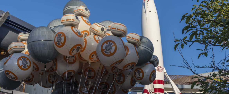 Photo Highlights of Disneyland's Star Wars Nite